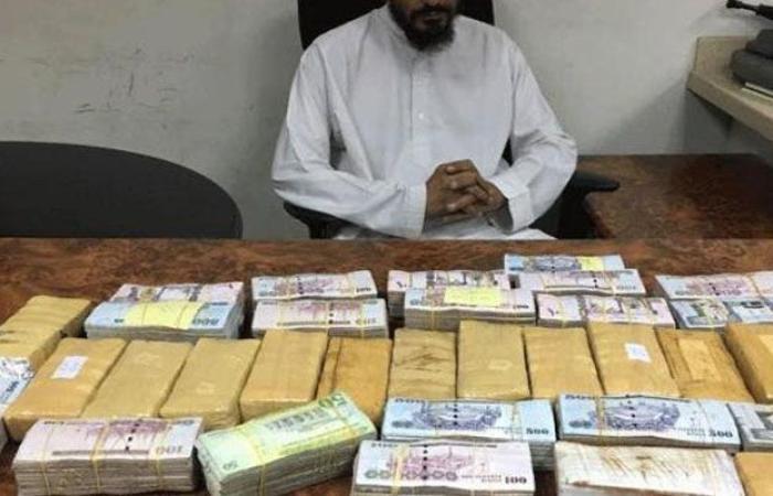 الدنيا ضحكت لوافد مصري في السعودية.. 3 ملايين ريال بدل راتبه الـ 3 آلاف مع بقائه في المملكة