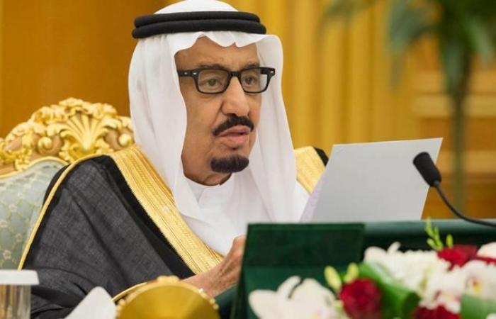 السعودية: تحديد ساعات عمل المقيمين والمواطنين في كل المهن و10 آلاف ريال لمن يخالف القرار
