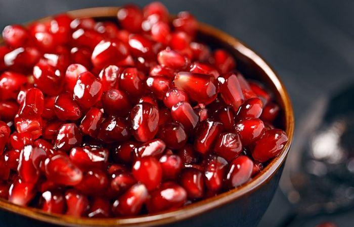 اليمن الان / موسمها الآن : اليكم فاكهة يمنية لها 18فائدة تغنيك عن الدواء اذا تناولتها (تفاصيل)