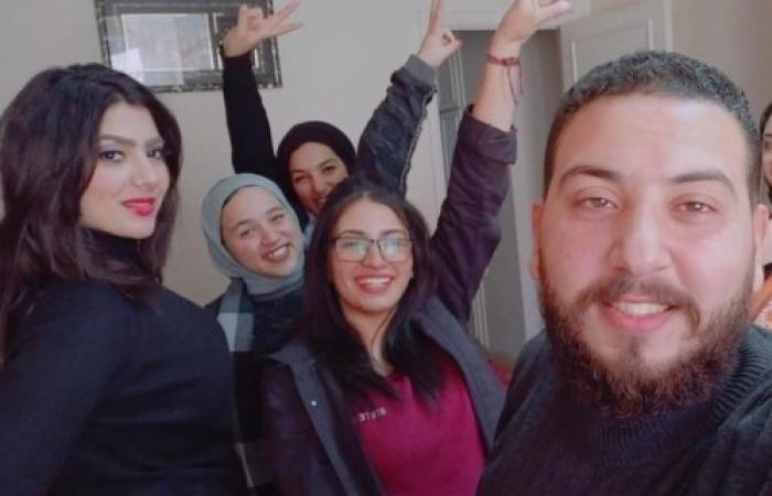 الإعلامية إسراء الصفتي تنتهي من تصوير فيلمها القصير «فرق توقيت»